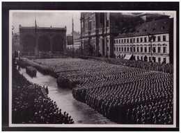 DT- Reich (008892) Propaganda Sammelbild Adolf Hitler Bild 145, Erste Rekrutenvereidigung Des Volksheeres - Lettres & Documents