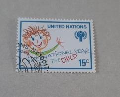 N° 302       Année Internationale De L' Enfant - New-York - Siège De L'ONU
