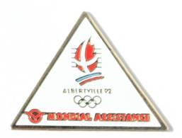 Pin's Officiel JO ALBERTVILLE 92 - Sponsor MONDIAL ASSISTANCE - Logo Des JO - Cojo - J391 - Giochi Olimpici