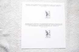 """2 Feuillets Noir Et Blanc """"A L'occasion De La Journée Du Timbre 1982 Et Du Lancement De L'exposition Belgica 82"""" - Black-and-white Panes"""