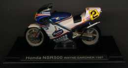 MOTO GP : HONDA NSR 500, WAYNE GARDNER, 1987 - Motorcycles