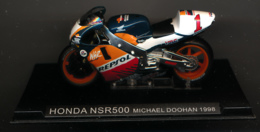 MOTO GP : HONDA NSR 500, MICHAEL DOOHAN, 1998 - Motorcycles