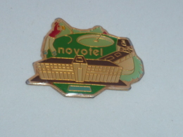 Pin's NOVOTEL, GOLF - Golf