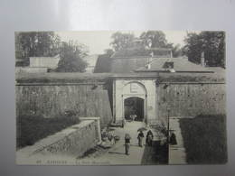 Carte Postale PYRENEES ATLANTIQUES Bayonne, La Porte Mousserolle - Bayonne