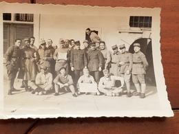 Photo Originale  Guerre  Soldats  Officiers  Militaires Bleus Amiens Caserne 1933 - Guerre, Militaire