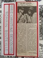 AUTOGRAPHE DE M.-CHRISTINE DESCOUARD/ROMAIN BOUTEILLE, DÉDICACÉ & AUTHENTIQUE COLLÉ SUR PETIT CART. BRISTOL (15 X 21 Cm) - Autographes