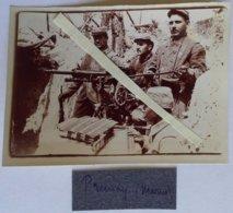 1915 Prunay Marne 115 Eme RI Mitrailleuse St étienne Sous Abri Servants Mousquetons Poilus Tranchée WW1 14-18 2 Phot - War, Military