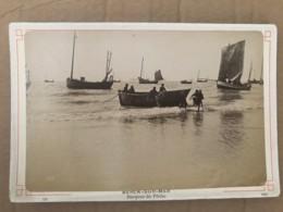 Photo Ancienne Sur Carton De BERCK (62) - Barques De Peche - Places