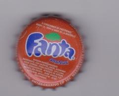 MADAGASCAR  - CAPSULE SODA FANTA ORANGE   - FABRIQUER   BRASSERIE STAR A ANTANANARIVO TANANARIVE - Soda