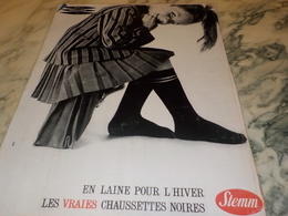 ANCIENNE PUBLICITE DES CHAUSSETTES EN LAINE POUR L HIVER  DE STEMM  1961 - Historische Bekleidung & Wäsche