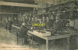 35 Fougères, Maison Pacory, Salle Des échantillons - Fougeres