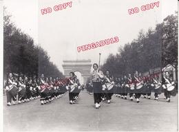 Fixe Musique Chantiers De Jeunesse Paris 1945 Retirage Années 60-70 D'après Cliché D'époque Voir Légende Image 2 - Guerre, Militaire