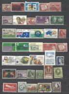 48 TIMBRES AUSTRALIE - Collections