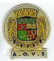 @@ ORAN Pin's Blason écusson L'Amicale Des Oraniens Du Var Et Sympathisants Afrique Du Nord @@vi80c - Cities
