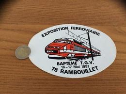 AUTOCOLLANT, Sticker «EXPOSITION FERROVIAIRE - BAPTEME TGV 1981 - RAMBOUILLET  (78)» (train) - Adesivi