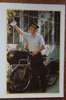 Petit Calendrier De Poche 2001 La Poste Facteur Rural Vélo - Calendars