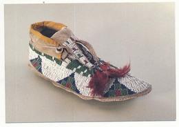 CPM 10,5 X 15 Drôme ROMANS Mocassin D'homme. Indiens Des Plaines. Canada XIX° Siècle  Musée De La Chaussure - Romans Sur Isere