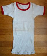 CHEMISE MAILLOT DE SPORT BLEU CIEL LISERETS ROUGES Manches Courtes EN COTON Années 40-50 - Vintage Clothes & Linen