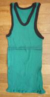 Une CHEMISE Débardeur Marcel Modèle Sport ATHLETISME EN COTON VERT Liserets NOIRS Années 40-50 - Vintage Clothes & Linen