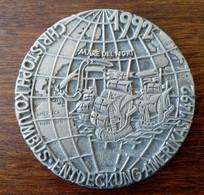 Presse-Papiers ? De L'Allemagne : Découverte D'Amérique Par Christophe Colombe 1492-1992 - Presse-papiers