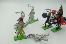 Britains Ltd, Deetail : KNIGHTS Lot Of 6 Figures Including Horse, Made In England, *** - Britains