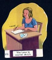 Découpis Publicité La Vache Sérieuse Le Petit Grosjean Série La Vie Courante La Poste Signé Ducré N°373 Années 1950 TB - Altri