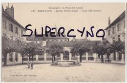 25 DOUBS N°133 BESANCON LES BAINS LYCEE VICTOR HUGO COUR D'HONNEUR - Besancon