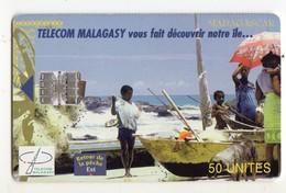 MADAGASCAR Ref MV Cards MDG-20 50U RETOUR DE PECHE Date 03/99 - Madagaskar