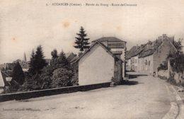 S4506 Cpa 23 Auzances - Entrée Du Bourg, Route De Clermont - Auzances