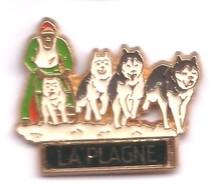 I27 Pin's Chien De Traîneau Husky Sled Dog LA PLAGNE Homme Vert Achat Immédiat - Animals