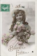 Fillette Au Bouquet - Bonne Fête - Portraits