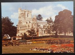 United Kingdom - Dunstable  Priory Church - Angleterre
