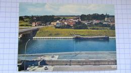 Pont , Peniche, Canal, Ecluse, RONQUIERES . - Belgique
