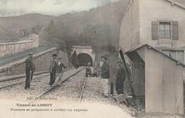 Tunnel De Lonot - Poseurs Se Préparant à Arreter Un Express - Baume Les Dames