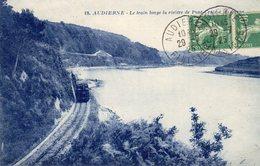 AUDIERNE (29 Finistère) Le Train Longe La Rivière De Pont Croix - Audierne