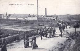 49 - Maine Et Loire -  CHEMILLE - La Broderie - Passage A Niveau - Chemille