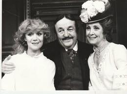 Belle Photo De Presse Avec Jacqueline GAUTHIER, Bernard BLIER, Danielle DARIEUX,  Avril 1978 - 012 - Photographs
