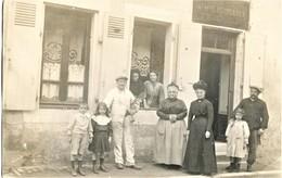 CARTE PHOTO DE LA MAISON PRINGAULT A LA SUZE SUR SARTHE PRES DE LE MANS - SARTHE VERS 1900 - La Suze Sur Sarthe