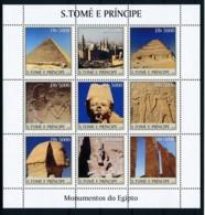 NN - NB - [401368]TB//**/Mnh-NN - Sao Tomé-et-Principe 2003 - Monuments D'Egypte, Pyramides, Sarcophages - Egyptology