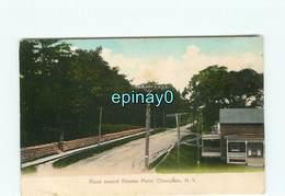 ETATS-UNIS - CHAMPLAIN - Road Toward Rouses Point - NY - New York