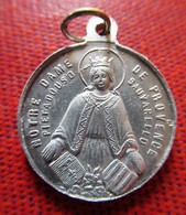 Religious Medal - Notre Dame De Provence - Pietadouso Sauvarello - Godsdienst & Esoterisme