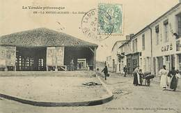 85 LA MOTHE ACHARD -  LES HALLES N° 315066 - La Mothe Achard
