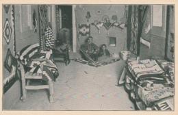 *** NAVAJO Display Room Of Navajo Rugs And Ornaments - Unused TTB - Native Americans