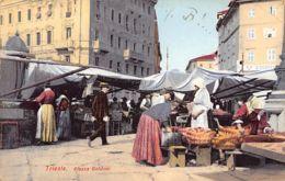 TRIESTE (TS) Piazza Goldoni - Trieste