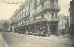 41.  BLOIS . La Rue DFenis Papin Et Le Grand Bazar . - Blois