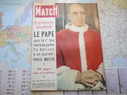 Paris Match N°172 5 Juillet 1952 Le Pape Pour La 1-ère Fois Ouvre Les Portes Du Vatican à Un Journal - Testi Generali