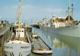 Schiffe / Ships / Bateaux / Hafen / Harbour / Port (D-A336) - Barche