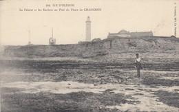 ILE D'OLERON: La Falaise Et Les Rochers Du Phare De CHASSIRON - Ile D'Oléron