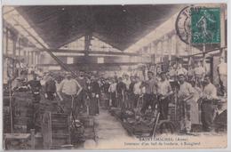 SAINT-MICHEL (Aisne) - Intérieur D'un Hall De Fonderie à Sougland Usine Industrie - Otros Municipios