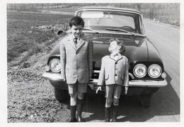 """FO-00255- """" AUTO FORD CONSUL CON BAMBINI """" SUL RETRO APRILE 1963 - Automobili"""